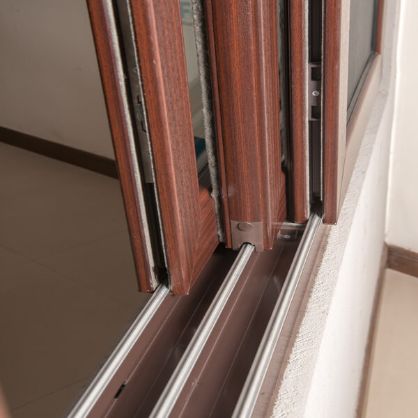 Windows pearlson and co aerocon products fenesta for Best wood window brands